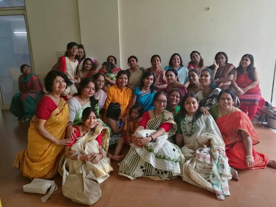 AdwitiyaStrees Celebrating 4th Year of Ganesh Utsav  – Females From Bengali Community Join Hands To Welcome Bappa Home