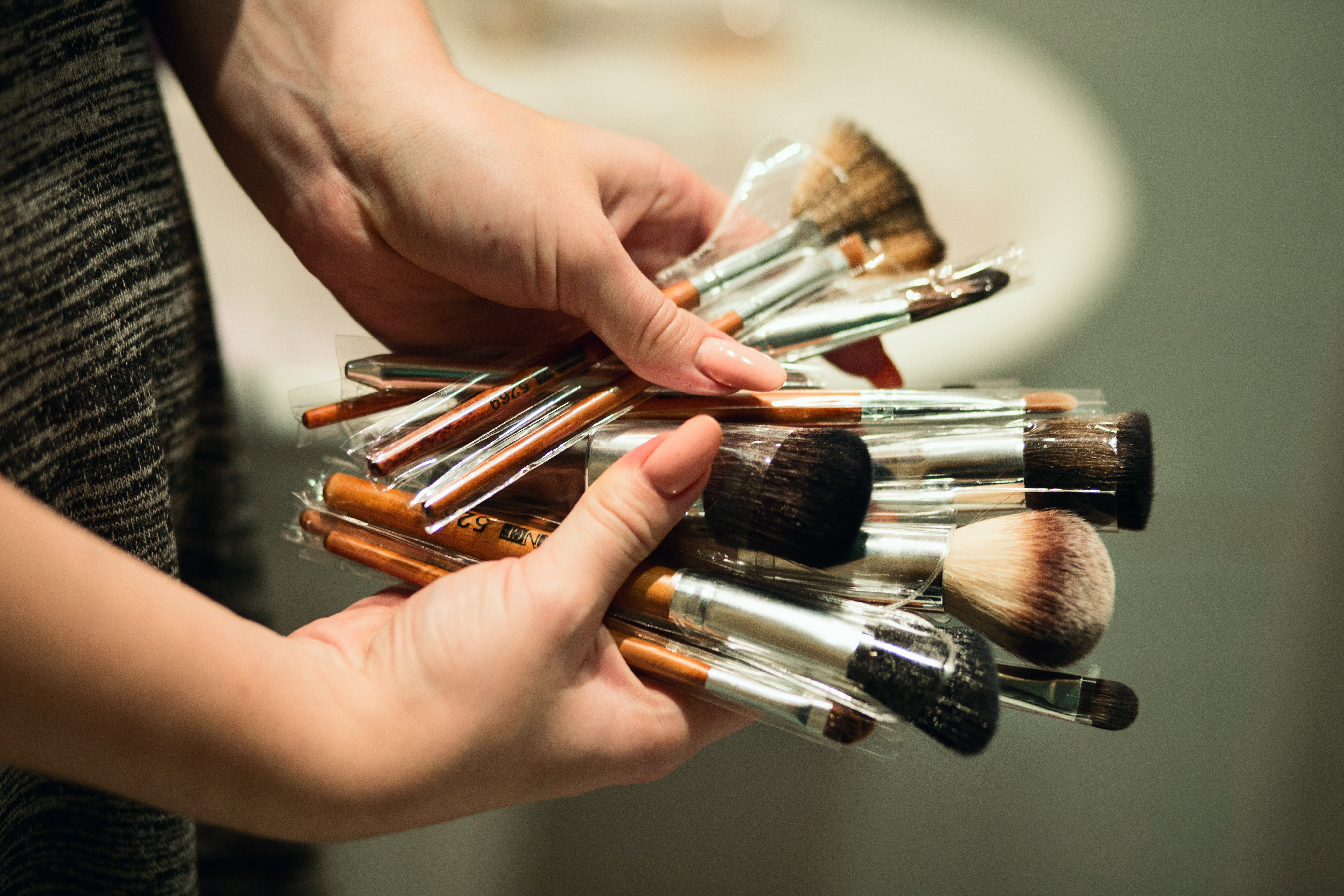 Guide on Best Makeup Brushes in India|Know your Makeup Brushes better