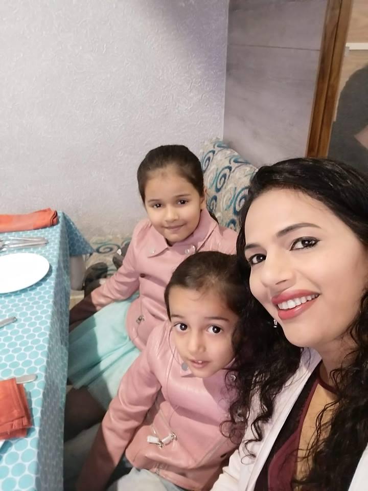 Purnima enjoying with her family
