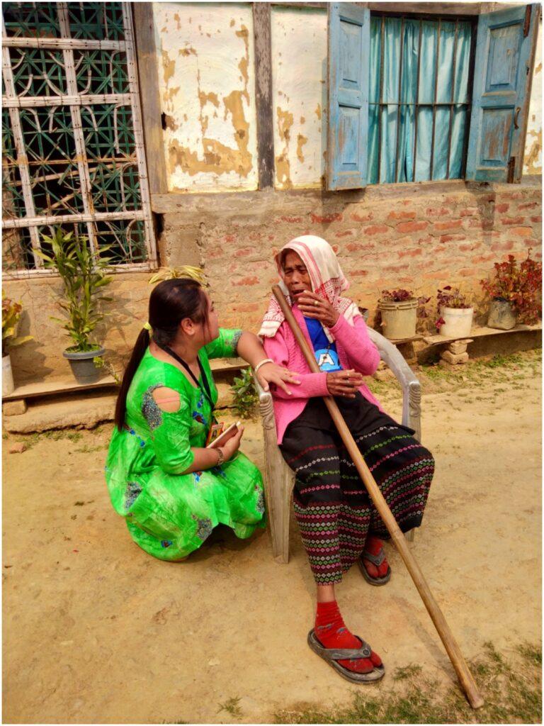 A Women from Tribe talking to Ananya Paul Dodmani