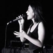 Kiara Singing
